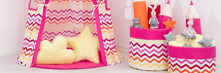 baba baldachin sátor hangulatos baba színekben